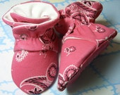 Thistledown, Baby Bootie PDF Sewing Pattern, Includes 5 sizes Preemie to 12 mths, Instant Download