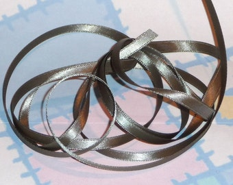 OLD WILLOW DouBLe FaCeD SaTiN RiBBoN, Polyester 1/4 inch wide, 5 Yards