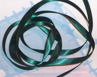 HUNTER GREEN DouBLe FaCeD SaTiN RiBBoN, Polyester 1/4 inch wide, 5 Yards