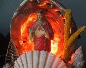 Kitch-tastic Jesus Shell Lamp