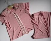 Red and White 1950s Nylon Pajamas - Women's Medium