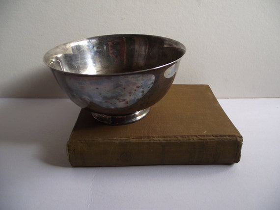 8 inch Silverplate Reed and Barton Bowl