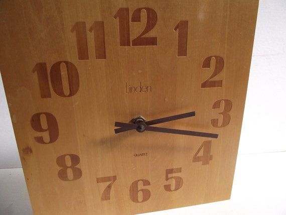 Vintage Linden Mid Century Modern Butcher Block Clock