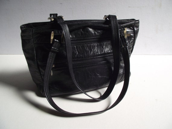 Vintage 1980s Black SAS Leather Classic Handbag Purse