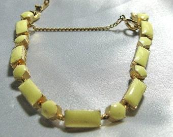 Vintage Glass Gold Bracelet Creamy Yellow