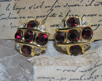 Vintage Ruby Red and Gold Shoe Clips Flashy