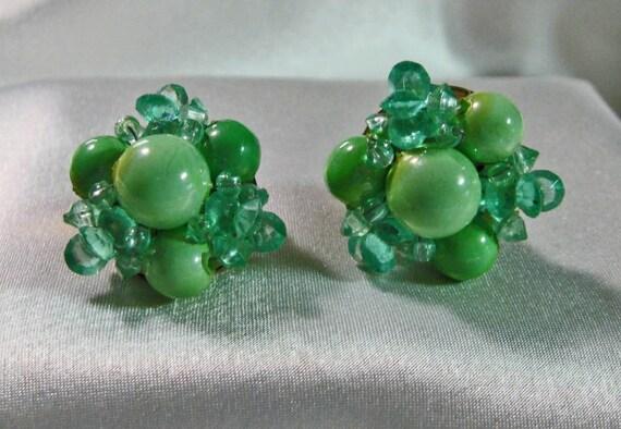 Vintage Beaded Earrings Minty Green