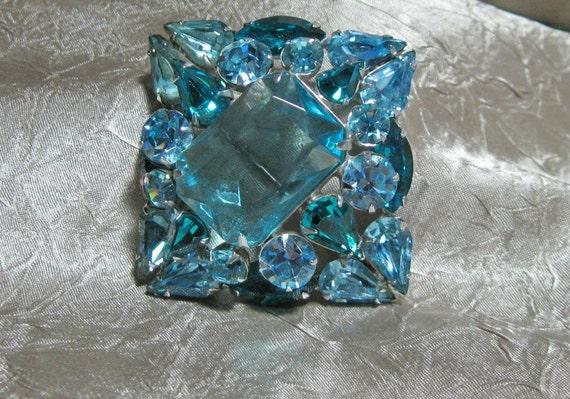Vintage Rhinestone Crystal Brooch Statement Piece