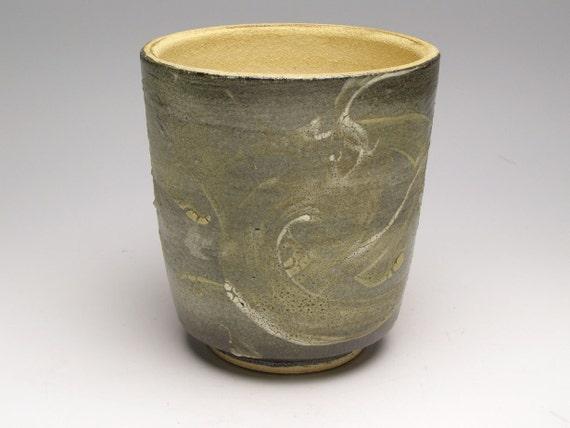 Ceramic plant pot 5 x 5 1/2   Ehh 9