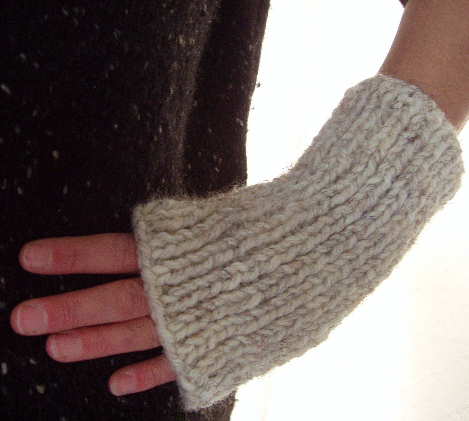 KNITTING PATTERN/DARA Handknit Fingerless Gloves/Mans