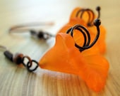 FREE SHIPPING STORE WIDE Wonderland Whimsy Fall 2009 Acrylic Flower and Copper Swirl Earrings Sunset Rich Orange