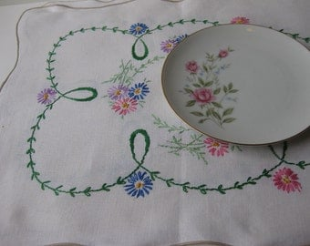 Vintage Hand Embroidered Pink Blue Purple Floral Table Runner