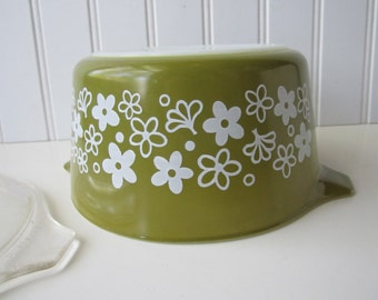 Vintage Pyrex Spring Blossom Green and White Floral 1 Liter Baking Dish with Lid