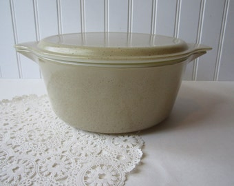 Pyrex Homestead Baking Dish Cinderella - Vintage Home