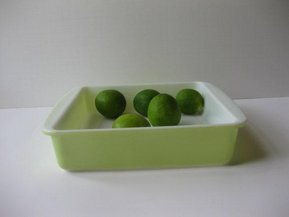 Vintage Retro Lime Green Pyrex Square 8 Inch Baking Dish