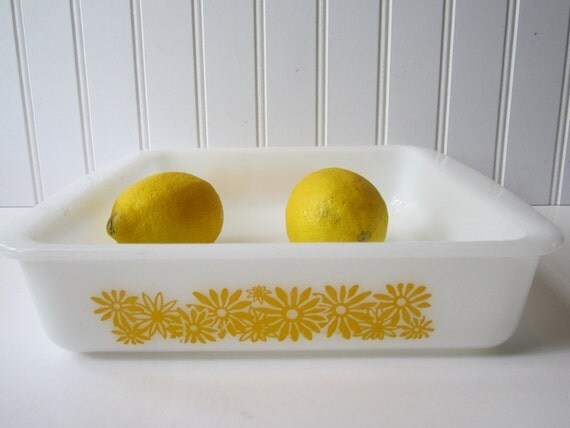 Vintage Glasbake Sunny Yellow Daisy Square Baking Dish