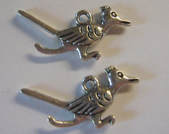 2 Silver Pewter Roadrunner Charms (m35)