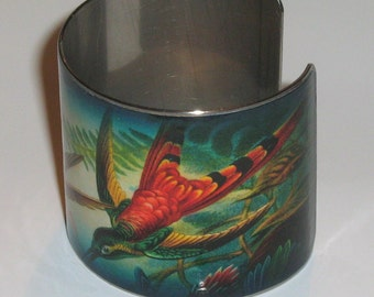 Vintage Style Stainless Steel Art Cuff - Hummingbirds in Aqua