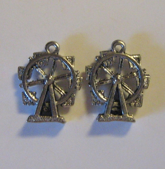2 Silver Pewter Ferris Wheel Charms (qb09)