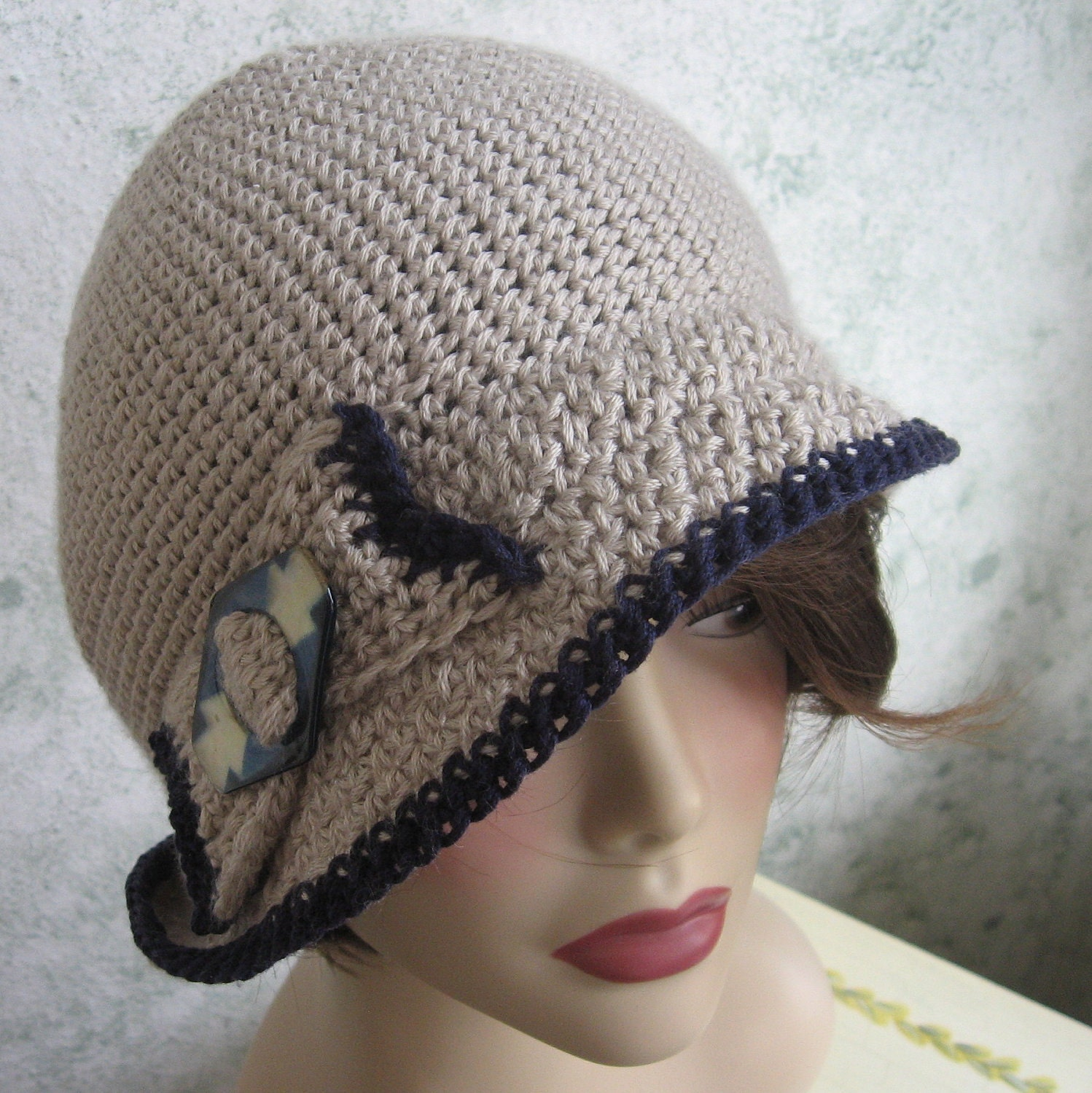 Crochet Pattern Womens Hat : Crochet Pattern Womens Flapper Hat With Bow Trim Instant