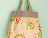 Tulip bag in peaches and limes