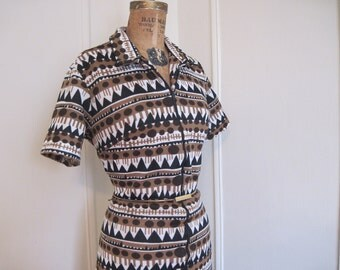 vintage 1970s mod Brown TRIBAL Zip-Up Dress, size large to extra large, l/xl