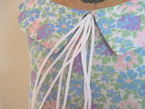 vintage 1960s Floral Tent Aline Trapeze Dress - Wildflowers & a Sweet Bowtie - One size fits Most