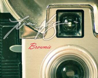 BOGO SALE (Buy one, get one free) - Brownie Starflash - Fine art print - Borderless photo