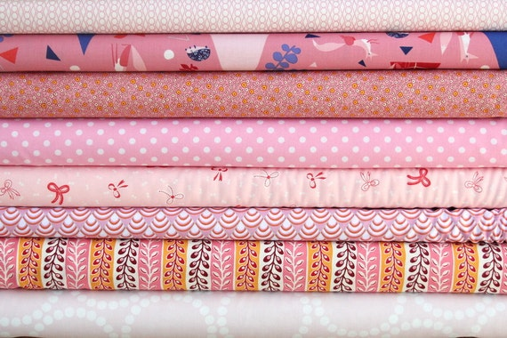 fat quarter bundle (a bunch of pinks)--misc. designers--8 pieces--2 yards total