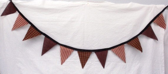 Primitive Reds Fabric Banner Bunting / Pennant / Flags
