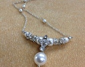 Fleur, necklace with silver, pearl and rhinestone (choose your own color)