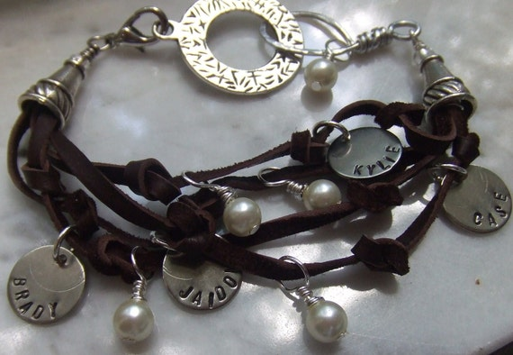 Her Favorite People - Leather and Pearl Mom Bracelet