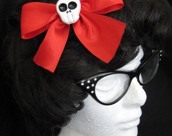Large Red Skull Hairbow