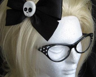 Large Black Skull Hairbow