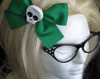 Large Green Skull Hairbow