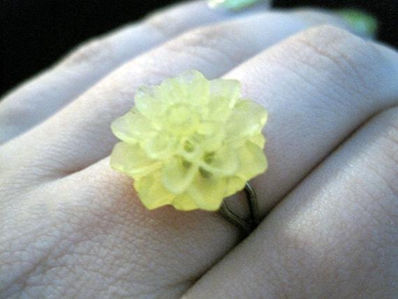 Yellow Flower Bronze Ring