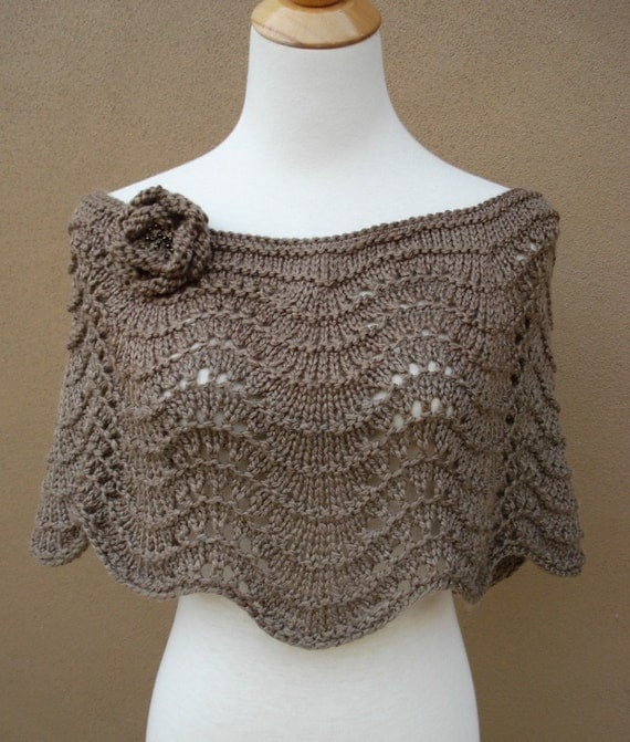Frances Capelet in Taupe