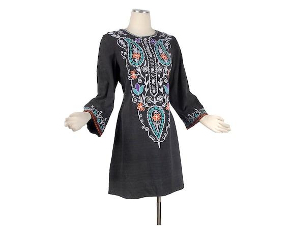 Vintage 60s 70s Hippie Boho Embroidered Black Tunic Mini-Dress Top Ethnic Chic