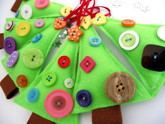 3x Felt Christmas Tree decorations x dipped in buttons all different