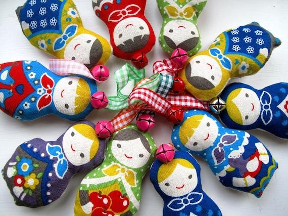 Christmas Decorations 10 Mini Babushka Dolls