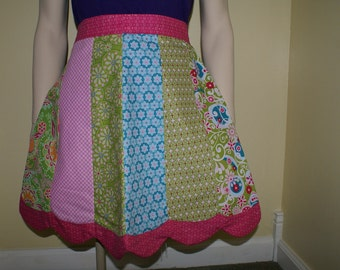 Pretty pink petal apron half apron pieced kitchen cooking apron