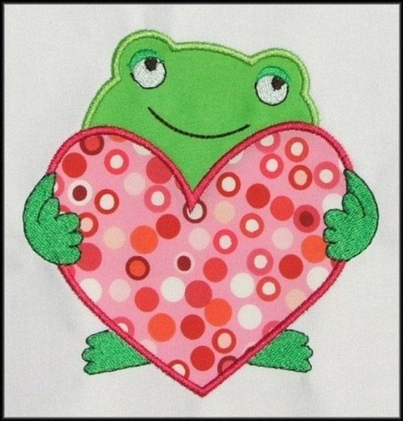 INSTANT DOWNLOAD Kiss a Frog applique designs