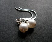 Pearly Bloom lustrous cream swarovski pearl silver earrings