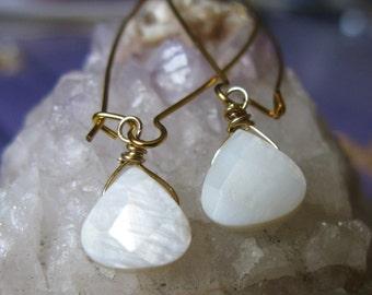 Ocean spray mother of pearl faceted teardrop heart briolette long dangle earrings SALE