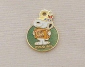 Aviva Vintage Snoopy Bicentennial TEA Charm Enamel Cloisonne  0039