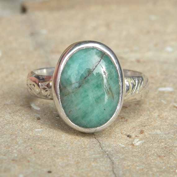simple emerald ring