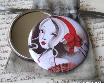 Pocket mirror Charming red