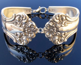 Heavy Spoon Bracelet (Medium) Avon