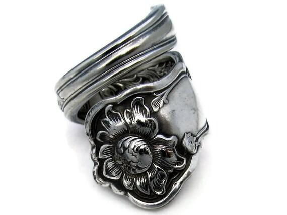 Spoon Ring Size 7 Rare Corona