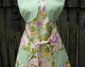 Heather Bailey Sassy Apron, fully lined